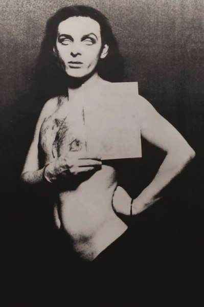 Urs Lüthi, dalla serie The Numbergirl, 1973, 106x68